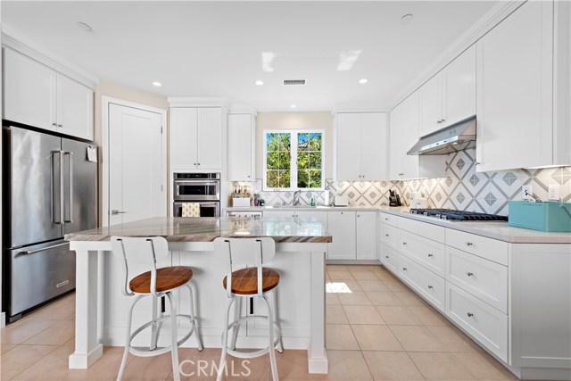 190 Villa Ridge, Irvine CA: http://media.crmls.org/medias/3cb59819-38f2-459a-be56-ef1a3bbdf437.jpg
