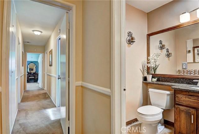 7737 Arnett Street, Downey CA: http://media.crmls.org/medias/3cc15ce4-1175-487e-8a88-047b4f371471.jpg