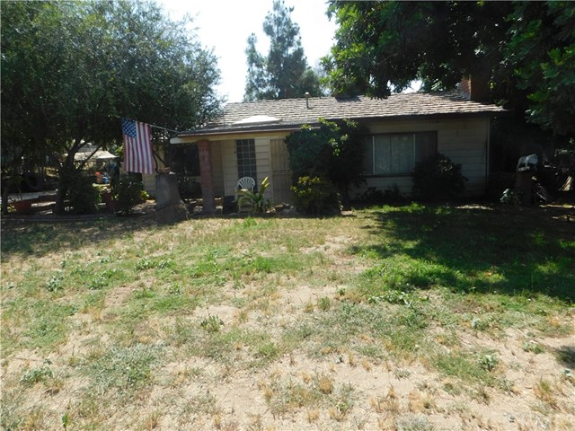 1347 Malaga Drive Riverside, CA 92509 is listed for sale as MLS Listing IV17123779