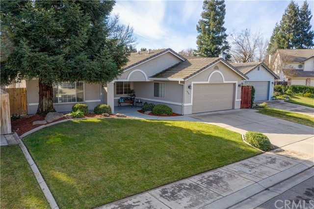 Detail Gallery Image 1 of 1 For 1986 La Costa Ct, Merced,  CA 95340 - 3 Beds | 2 Baths