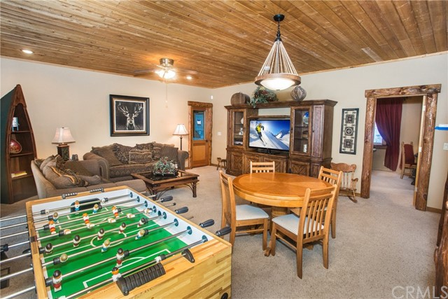 39258 Waterview Drive, Big Bear CA: http://media.crmls.org/medias/3ce08fb8-5a1d-4e3e-97e9-3632a89d7e8d.jpg