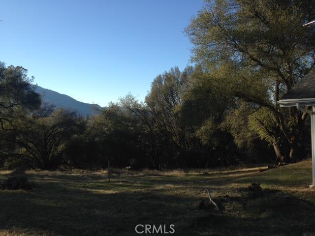 0 Moonray Lane, Oakhurst CA: http://media.crmls.org/medias/3ce5c3cb-910b-4966-acf5-7fc7dd8d13aa.jpg