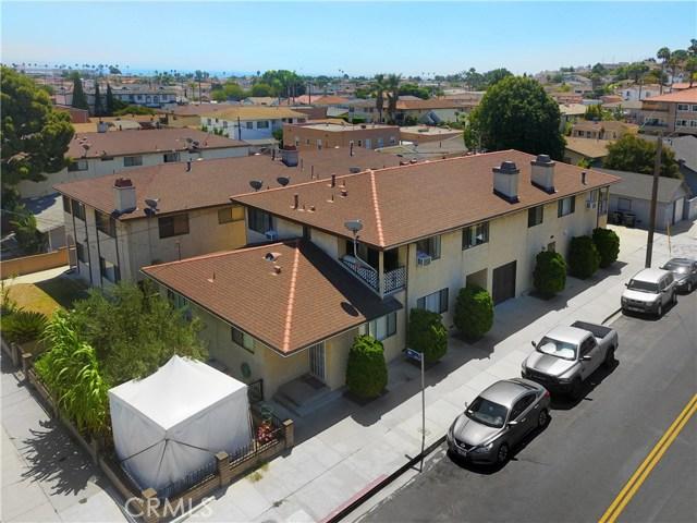 1804 S Cabrillo Avenue, San Pedro CA: http://media.crmls.org/medias/3cec972e-5646-438e-afa4-4632cd4c0994.jpg