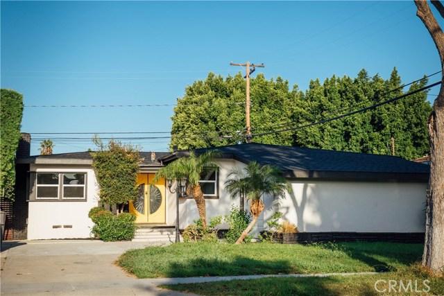 2857 Iroquois Avenue  Long Beach CA 90815