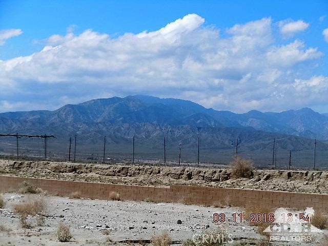 0 Bald Eagle Lane, Desert Hot Springs CA: http://media.crmls.org/medias/3cf4bf54-51d4-4e57-b26b-ea3d96f6cf58.jpg