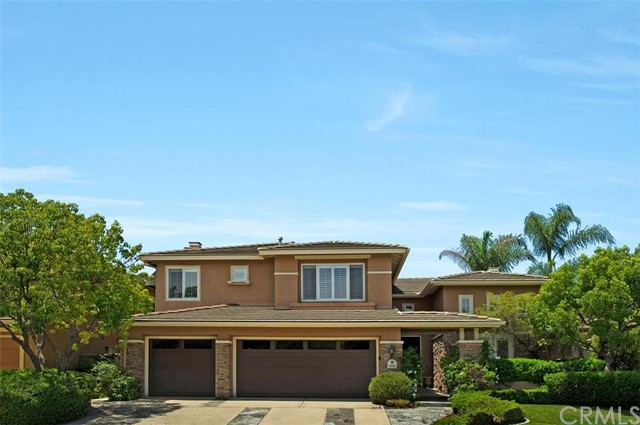 Single Family Home for Sale at 22681 Cottonwood Mission Viejo, California 92692 United States