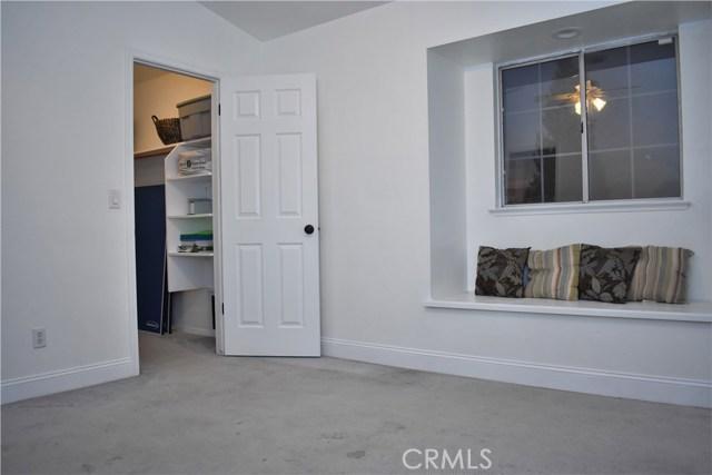 2655 Whittier Avenue, Clovis CA: http://media.crmls.org/medias/3cfc0cf1-b6b7-4d8d-84d1-44639004f289.jpg