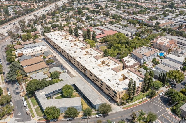 444 Piedmont Avenue, Glendale CA: http://media.crmls.org/medias/3d05eaca-fccb-47fa-ab52-d077a1fa2a70.jpg