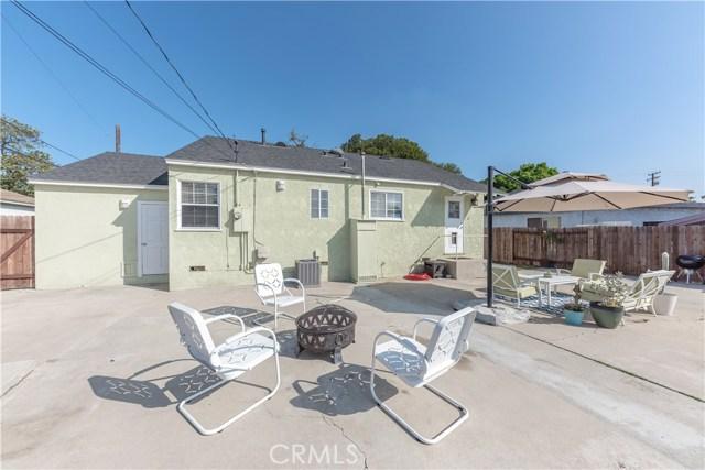 4514 E De Ora Way, Long Beach CA: http://media.crmls.org/medias/3d0faa76-59de-4151-967d-39b39d7f2935.jpg