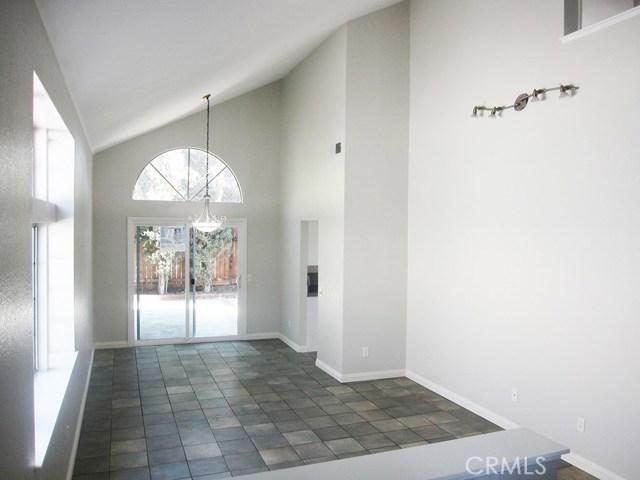 7561 Marmande Place, Rancho Cucamonga CA: http://media.crmls.org/medias/3d13a37f-51f3-45a2-b3d6-bb3da22dee23.jpg