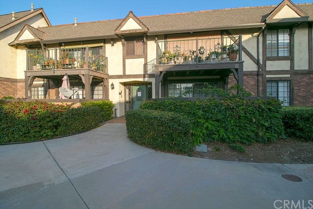 3655 S Bear Street Unit K Santa Ana, CA 92704 - MLS #: PW18267822