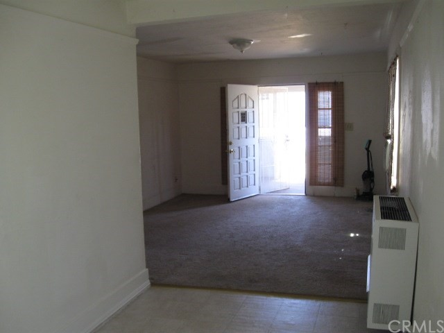 523 E Wood Street, Willows CA: http://media.crmls.org/medias/3d1dc5f7-50d6-4d6a-9807-7342add847e9.jpg