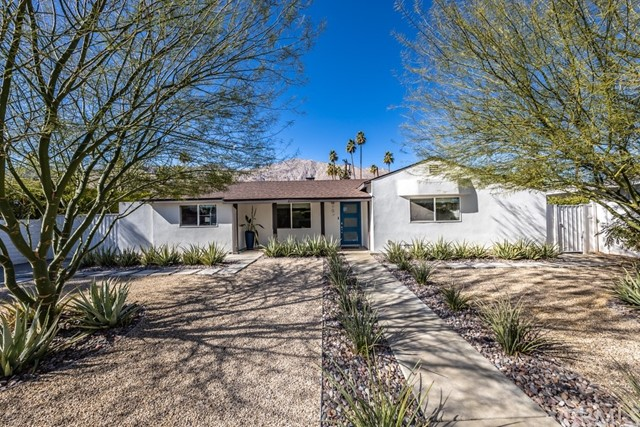 Detail Gallery Image 1 of 1 For 563 S Camino Real, Palm Springs,  CA 92264 - 4 Beds   3/1 Baths