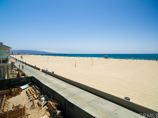 Additional photo for property listing at 1942 The Strand  Hermosa Beach, California,90254 Hoa Kỳ