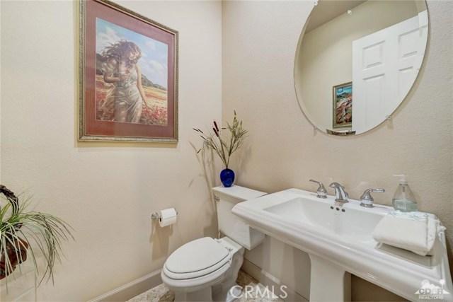 21 Toscana Way, Rancho Mirage CA: http://media.crmls.org/medias/3d2741d4-38ed-4281-a6db-41b5f9bb3126.jpg