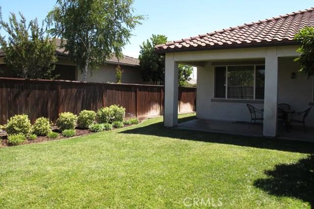 2450 Altadena Lane, Paso Robles CA: http://media.crmls.org/medias/3d2a2c35-476f-4713-b35b-62cda7ee56f8.jpg