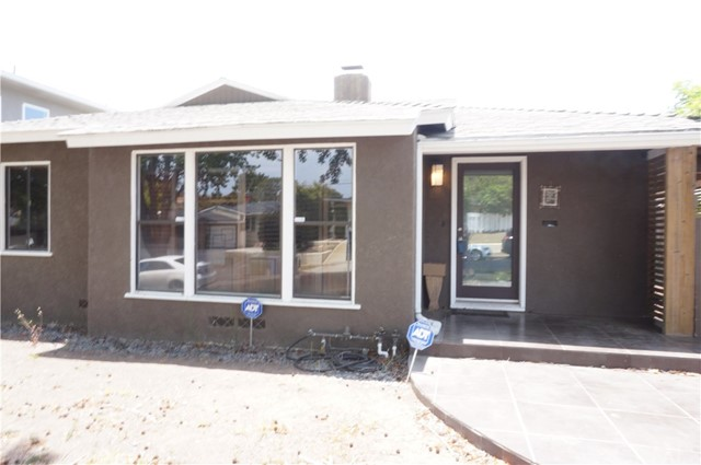 7318 W 88th Place  Los Angeles CA 90045
