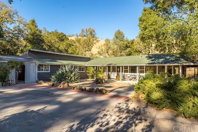 Property for sale at 13570 Santa Lucia Road, Atascadero,  CA 93422