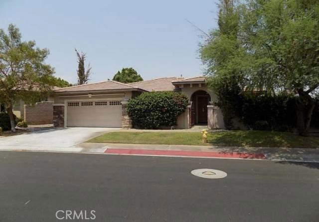 221 Via Firenza, Rancho Mirage CA: http://media.crmls.org/medias/3d57a4b7-d5f5-4731-874b-6782021f1c49.jpg