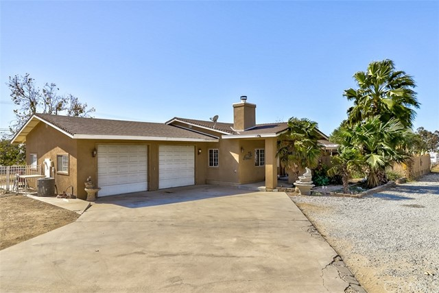 Single Family Home for Sale at 10995 Bellflower Avenue Cherry Valley, California 92223 United States
