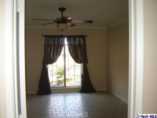 200 McNeil Lane, Newport Beach CA: http://media.crmls.org/medias/3d5e4393-f69a-42ca-8963-817ce26ab42c.jpg