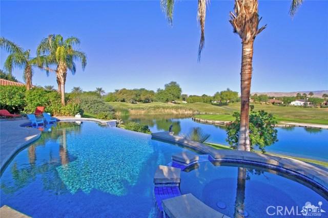104 Loch Lomond Road, Rancho Mirage CA: http://media.crmls.org/medias/3d5e7902-d7c6-4ae4-bd8c-d11c8890737e.jpg