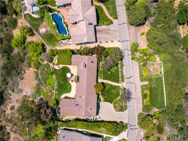 17 Middleridge N Lane, Rolling Hills CA: http://media.crmls.org/medias/3d709a32-7ceb-43ef-a2c0-d32c23936fd9.jpg
