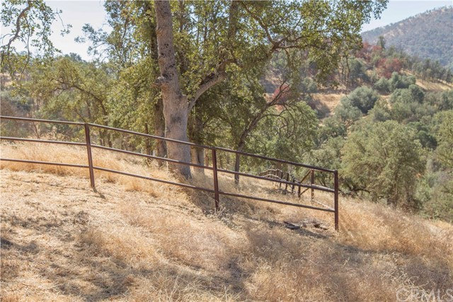 35343 Hopewell Road, Squaw Valley CA: http://media.crmls.org/medias/3d7444f0-5ec2-437d-bba1-ea4516055f1d.jpg