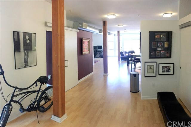 Live the Silicon Beach dream! Located in the heart of the Marina Del Rey Arts District, this stunning, light-filled, contemporary loft perfectly blends the stylish aesthetic of urban/beach living with the practicality of a flexible floorplan. Wide-open spaces greet you in this 1,200 sqft, west facing unit which is currently configured with one fully enclosed bedroom + bath. The main living area features exposed wood beam columns and ductwork with floor to ceiling windows that flood the space with natural light. A second bedroom could easily be added while still maintaining an open feel. The kitchen features caesarstone counters, stainless steel appliances and ample cabinet space and the bathroom includes a deep soaking tub and glass shower/tub enclosure. Building amenities include a well equipped gym, two spas, BBQ area and a huge courtyard with seating for all of your guests. Walk to nearly everything - Gelsons, Pavilions, CVS, restaurants and movie theaters are all a block away. Hop on your bike for a short ride to Venice Beach and Abbot Kinney Blvd.