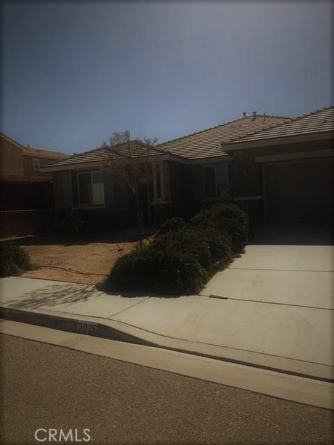 9026 Torrance Avenue, Hesperia CA: http://media.crmls.org/medias/3d78cea8-cb24-4067-89e8-ea50ddd2688c.jpg