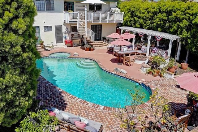 1730 11th Street  Manhattan Beach CA 90266