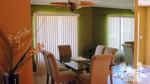 279 Tolosa Circle, Palm Desert CA: http://media.crmls.org/medias/3d7bb4e7-922f-42c7-8950-d372c1f2f35f.jpg