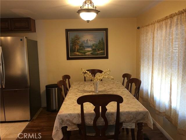 4800 Daleview Avenue, El Monte CA: http://media.crmls.org/medias/3d8aa7eb-800b-487b-98b6-17195d2e87f0.jpg