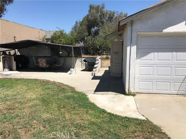135 E Arrow, Pomona CA: http://media.crmls.org/medias/3d8d5ac6-83c4-4a6e-9346-bda7e057213f.jpg