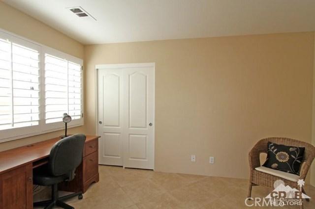 39 Colonial Drive, Rancho Mirage CA: http://media.crmls.org/medias/3d8e1d1f-dab7-4dfe-9f60-ae36c3196182.jpg