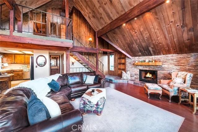 294 Grizzly Road Lake Arrowhead, CA 92352 - MLS #: EV18277414