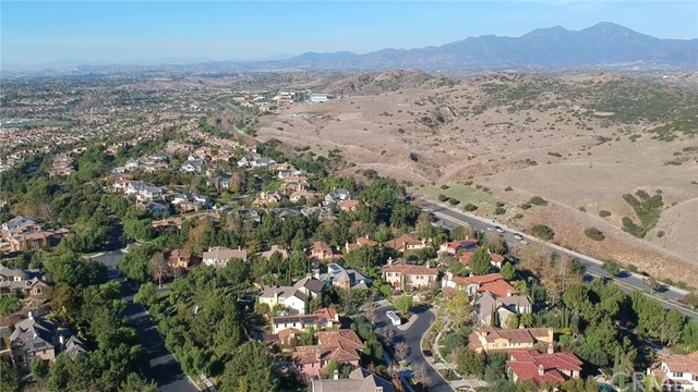 17 San Luis Obispo Street, Ladera Ranch CA: http://media.crmls.org/medias/3da54d83-5511-483a-a8cd-5ea0838a2a0e.jpg