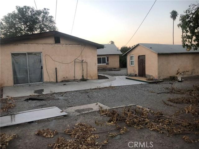 950 Beverly Road, Corona CA: http://media.crmls.org/medias/3dae15a5-330e-4aa5-829e-219def9789dc.jpg