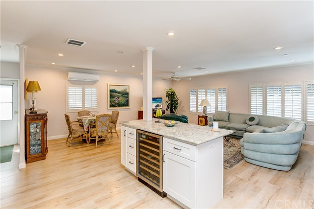 279 Cambridge Way, Newport Beach CA: http://media.crmls.org/medias/3ddc58d3-a950-46cc-8843-7cd78515fcfa.jpg