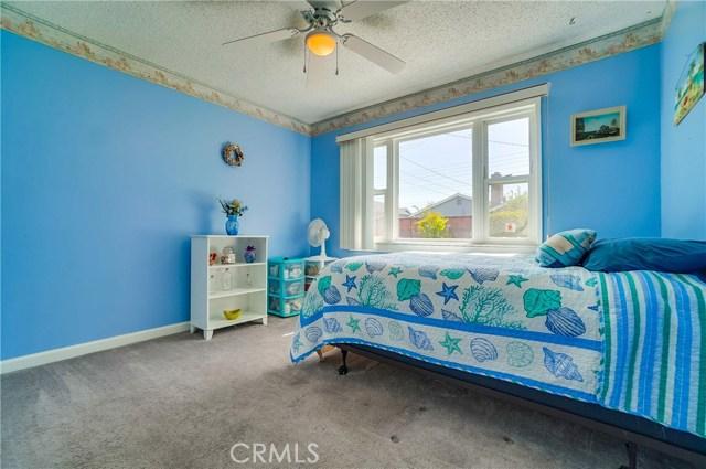 1948 Pattiz Av, Long Beach, CA 90815 Photo 12