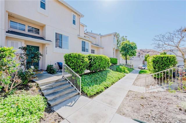 23208 Colony Park Drive, Carson CA: http://media.crmls.org/medias/3df72205-becf-4ce1-b400-8973d113f0c2.jpg
