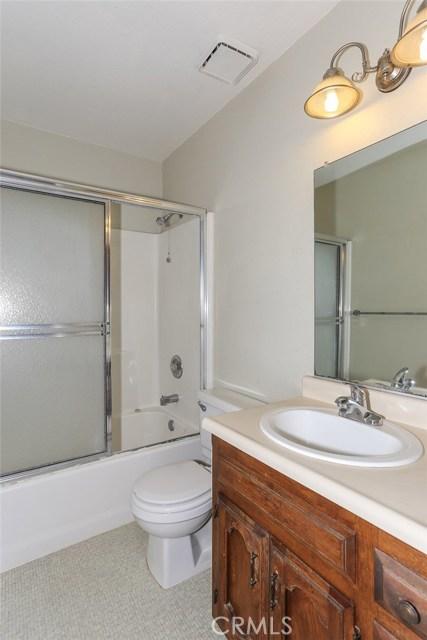 3051 Colony Park, Merced CA: http://media.crmls.org/medias/3df9baf9-ce05-464a-96f5-0325d2d517fe.jpg
