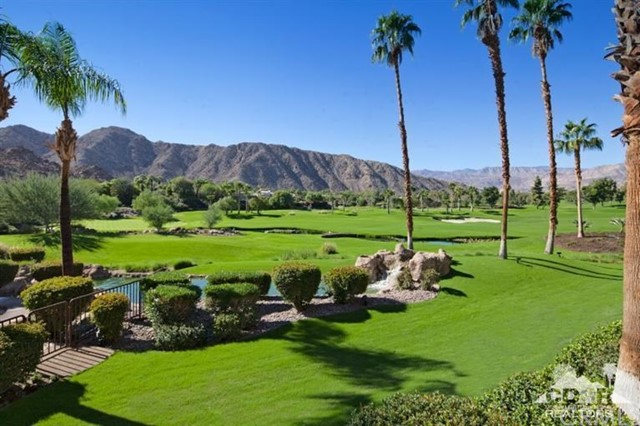 Photo of home for sale at 47211 Vintage Drive, Indian Wells CA