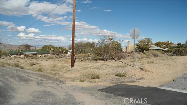 0 Pueblo Trail, Joshua Tree CA: http://media.crmls.org/medias/3e0d8c35-cad8-4942-85b1-697bfd191c80.jpg