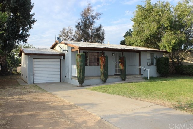 Single Family Home for Rent at 2493 Vasquez Riverside, California 92507 United States