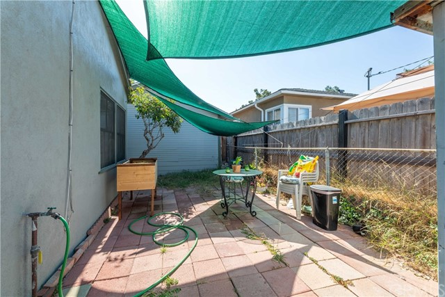 3707 Cerritos Avenue, Long Beach CA: http://media.crmls.org/medias/3e10b9d2-a5da-458f-8b0f-4ebe1f233a4b.jpg