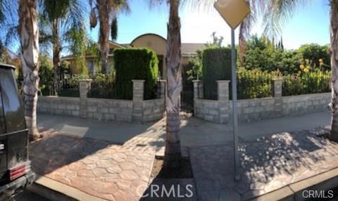 10752 Gerald Avenue, Granada Hills CA: http://media.crmls.org/medias/3e2049a0-0df8-47ad-ac13-eb42daa5ae57.jpg