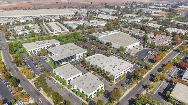 2 Hughes, Irvine, CA 92618 Photo 4