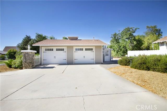 11250 Sunnyslope Avenue, Cherry Valley CA: http://media.crmls.org/medias/3e3efefb-96fb-4554-a3a0-1f7f88658c5f.jpg