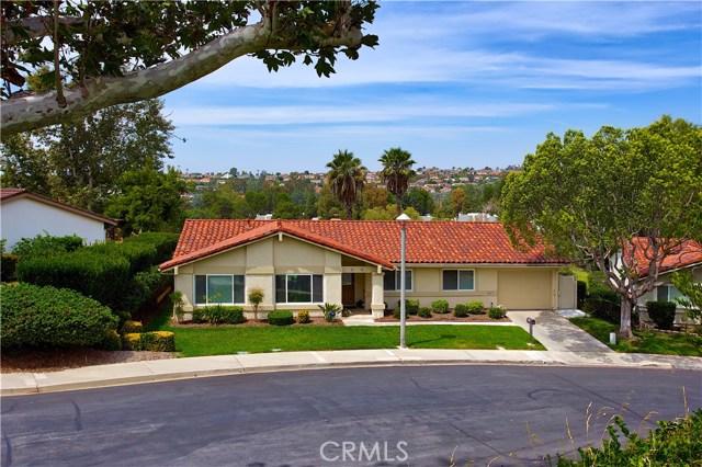 23671 Via Agustini, Mission Viejo CA: http://media.crmls.org/medias/3e4b87ce-c54d-4703-b1e8-0bc204c048ba.jpg